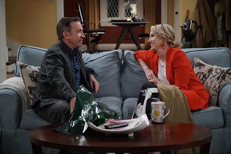 """LAST MAN STANDING: 150'th Episode: L-R: Tim Allen and Molly McCook in the """"Yass Queen"""" episode of LAST MAN STANDING airing Friday, April 19 (8:00-8:30 PM ET/PT) on FOX. ©2019 Fox Media LLC Cr: Michael Becker/FOX."""