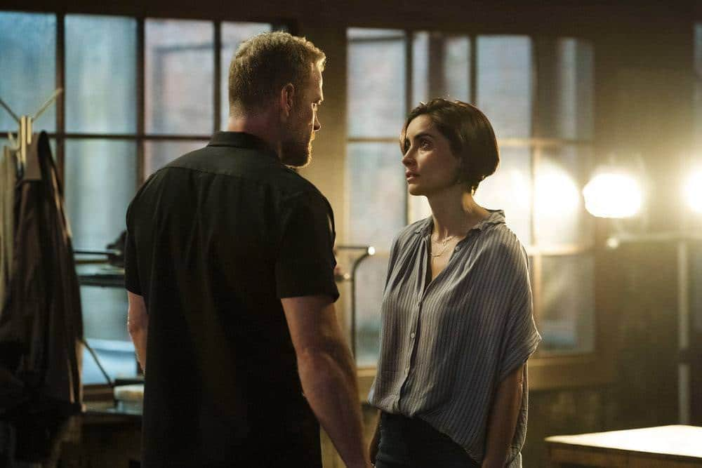 """THE PURGE -- """"Should I Stay Or Should I Go"""" Episode 207 -- Pictured: (l-r) Max Martini as Ryan Grant, Paola Nunez as Esme Carmona -- (Photo by: Alfonso Bresciani/USA Network)"""