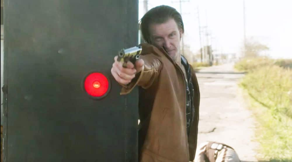 """Young Mickey Donovan shooting back on Showtime's Ray Donovan Season 7 Episode 7 """"The Transfer Agent"""" - Screenshot/Photo Credit: Showtime"""